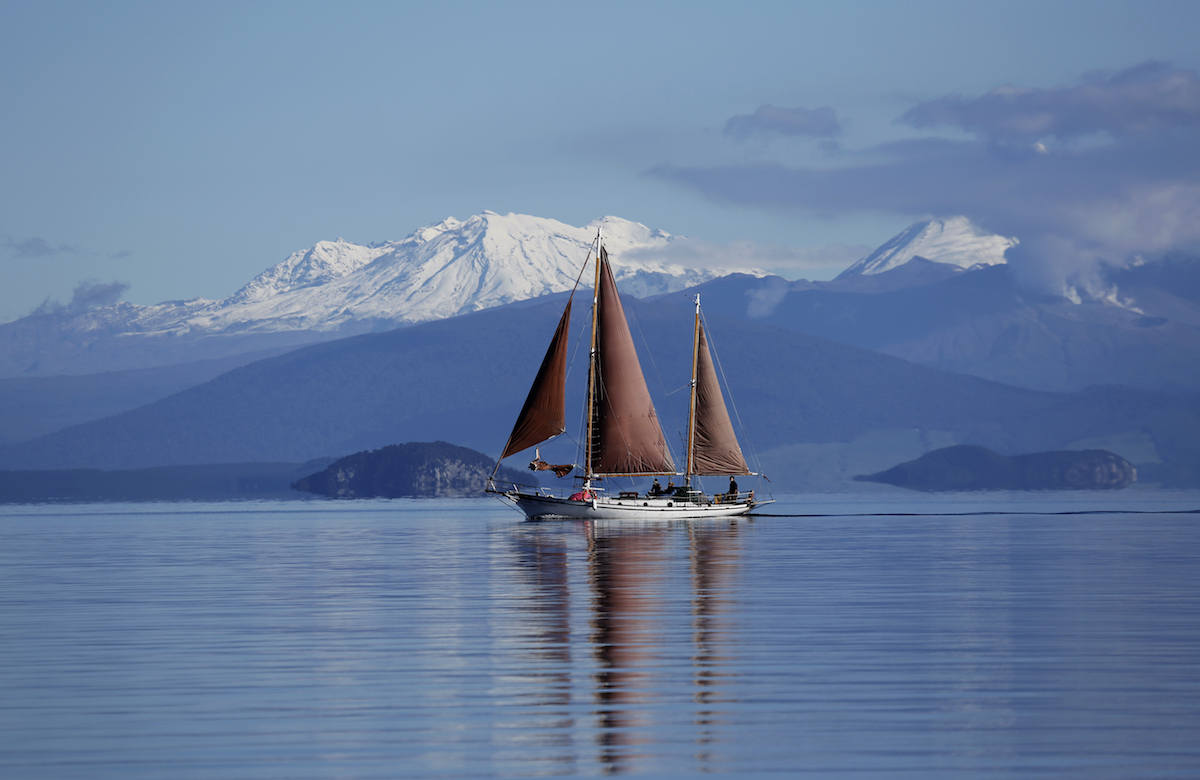 Lake Taupo & Sail Fearless